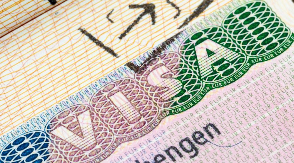 Prendre un visa « vacances-travail » pour la France : ce qu'il faut savoir